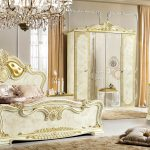 BAROQUE STYLE FURNITURE TODAY
